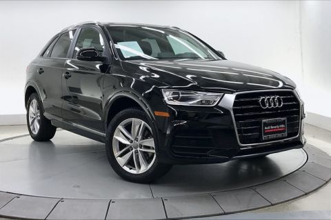 Certified Pre-Owned 2017 Audi Q3 2.0 TFSI Premium FWD