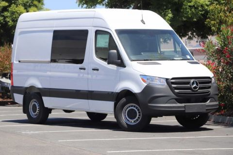 New 2019 Mercedes-Benz Sprinter Crew Van 3500 High Roof 144