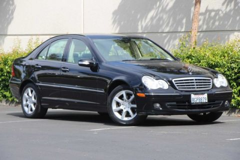 Pre-Owned 2007 Mercedes-Benz C-Class 4dr Sdn 3.0L Luxury 4MATIC®